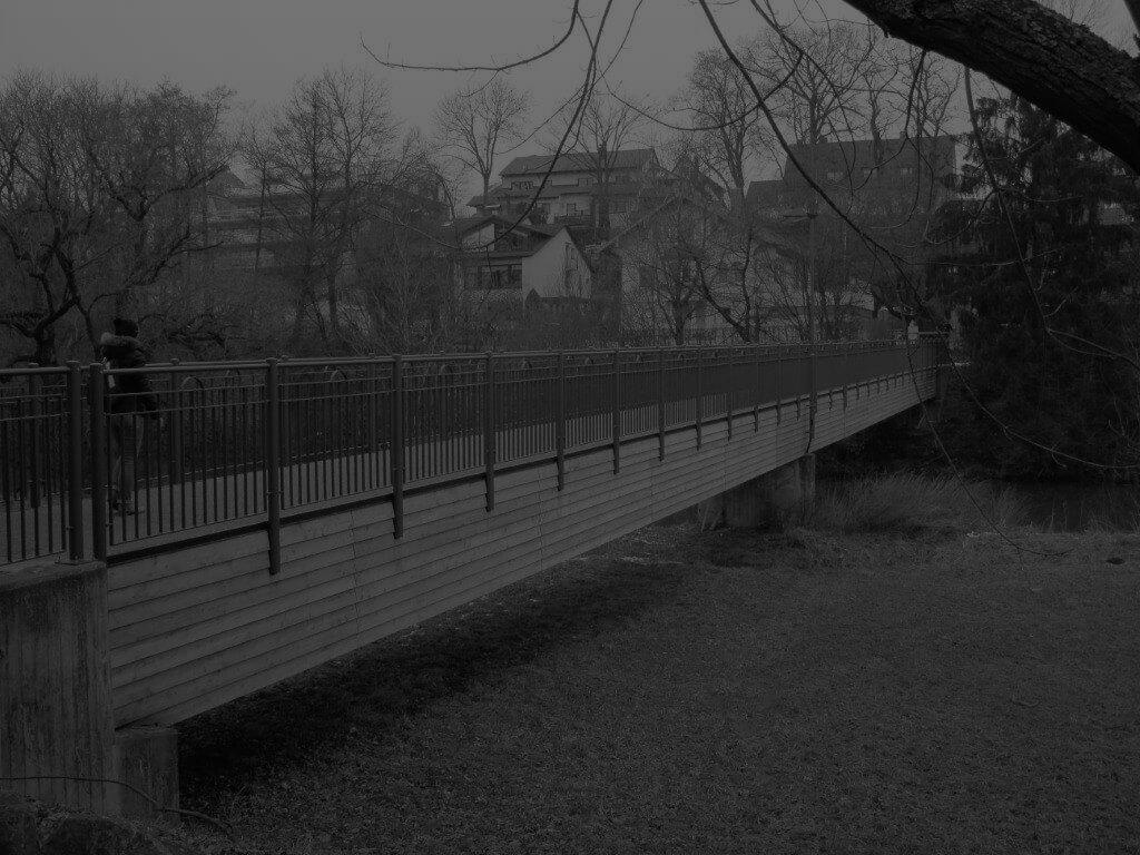 Pont-sur-un-canal-krafton